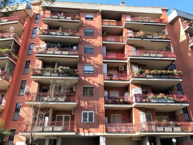 Appartamento vendita ROMA (RM) - 3 LOCALI - 70 MQ