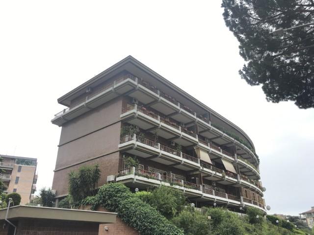 Appartamento vendita ROMA (RM) - 4 LOCALI - 135 MQ